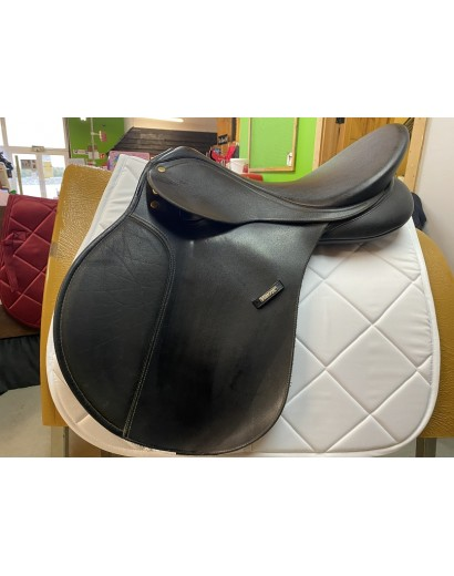 """17.5"""" Wintec Saddle with..."""